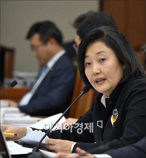 """박영선 """"朴대통령, 이해 안돼…종교아닌가 추측"""""""