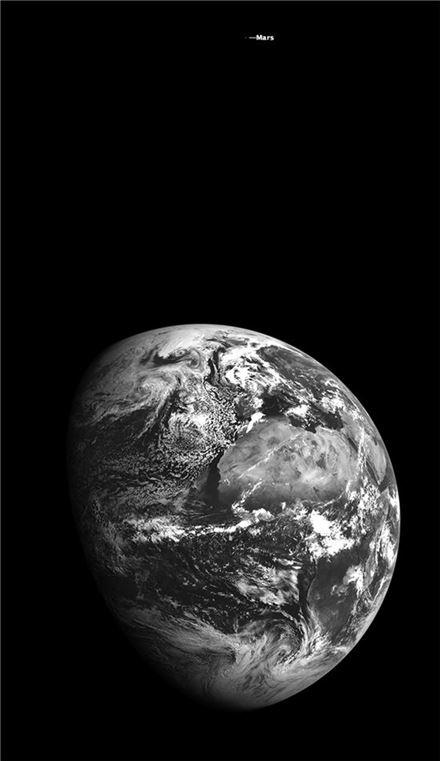 ▲'예술'조에 출전한 지구와 화성.[사진제공=NASA]