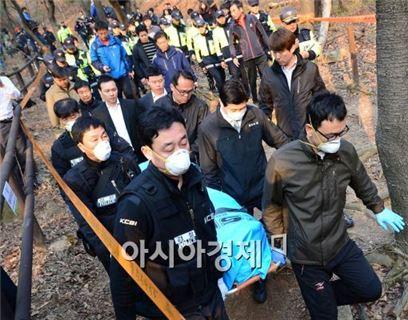 북한산에서 시신으로 발견된 성완종 전 회장. 사진=아시아경제 DB