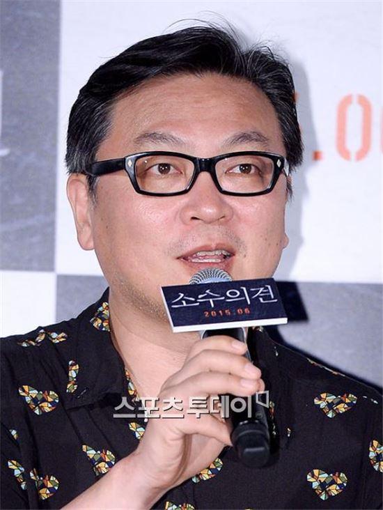 배우 김의성이 김용남 새누리당 의원의 발언을 패러디했다.