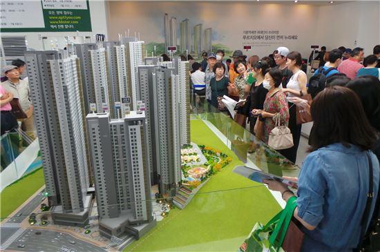 대우건설, 기흥역센트럴·원주봉화산 푸르지오 견본주택 5.5만명 방문