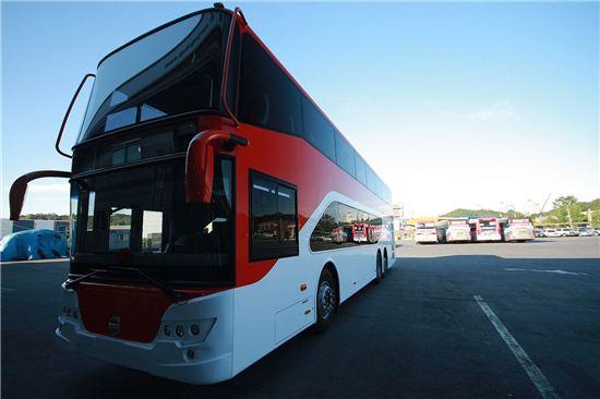 경기도가 11일부터 시범운행하는 2층버스