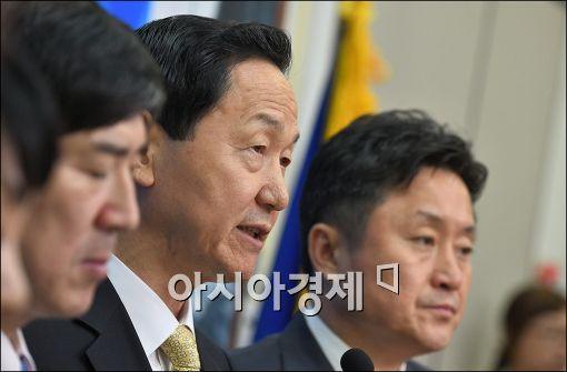 """김상곤, 전대 '공식 출마'…""""계파 눈치보며 표 구걸 안해"""""""
