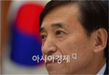 """이주열 """"외환보유액 보유주체 기업 아니다"""" 구조개혁 일침"""