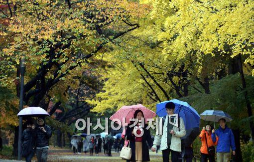 [오늘 날씨] 비 오는 토요일…전국 흐리고 제주·남부 '비소식'