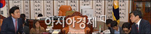 與野, 북한인권법 처리 여부 '지도부 위임'