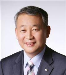 안양옥 교총 회장 사퇴…박찬수 부회장 직무대행 체제