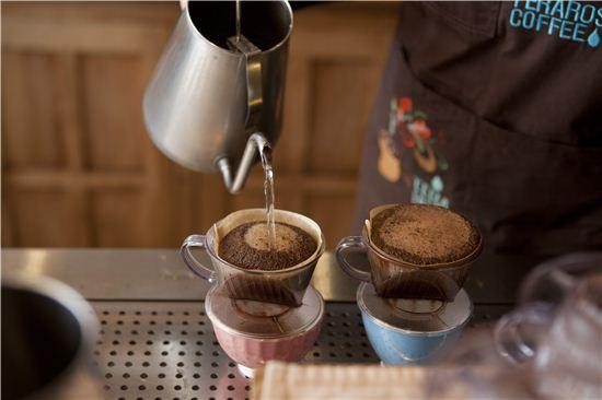 커피 마시러 갑니다, 강릉으로.