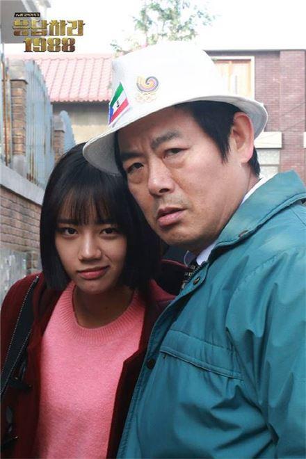 '응답하라 1988' 혜리 성동일.(위 사진은 기사 내용과 관련없음) 사진=tvN '응답하라 1988' 공식 페이스북