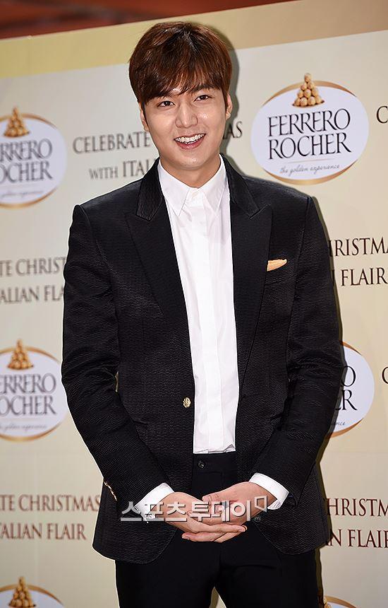이민호가 박지은 작가와 진혁 PD의 새 작품에 출연 제의를 받았다.