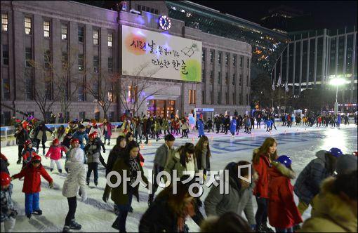 대기질 '아주 나쁨'…서울광장 스케이트장 4번째 운영 중단