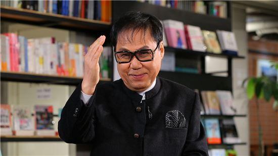 조영남. 사진=JTBC 방송 '힐링의 품격' 캡처.