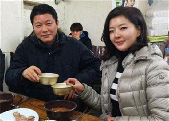 신동욱, '도도맘' 김미나. 사진=신동욱 트위터 화면 캡처