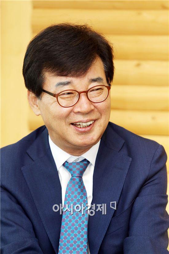 김성 장흥군수
