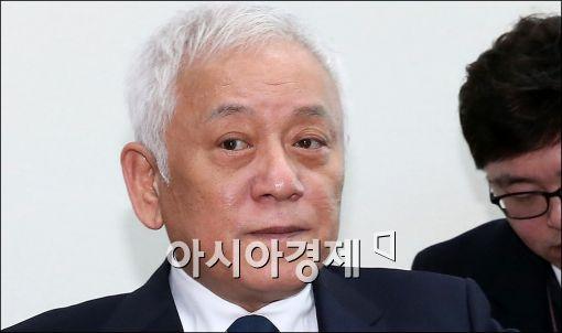 [포토]입 다문 김한길 무소속 의원