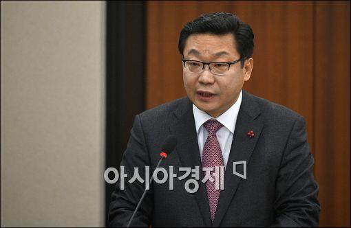 """주형환 장관 """"R&D·금융·세제 등 수출기업 중심으로 개편"""""""
