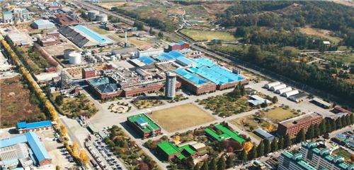 코스모신소재 공장 전경 사진(사진제공=코스모신소재)
