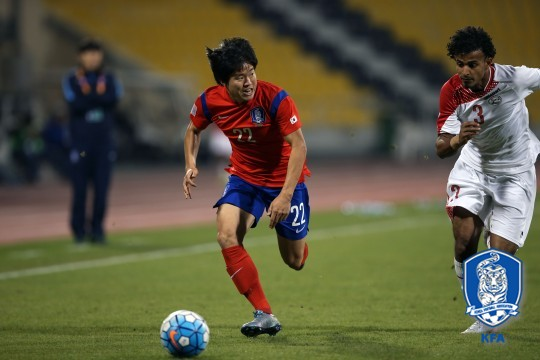 권창훈이 16일 카타르SC스타디움에서 열린 예멘과의 아시아축구연맹(AFC) 23세 이하(U-23) 챔피언십 조별리그 C조 2차전에서 드리블하고 있다, 사진=대한축구협회 제공