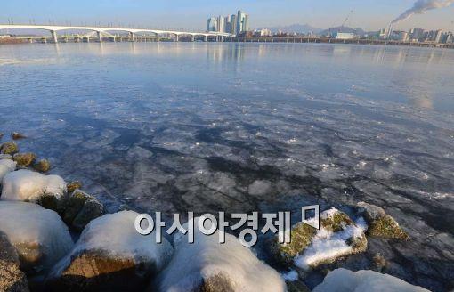 [포토]한강에 얼음 둥둥