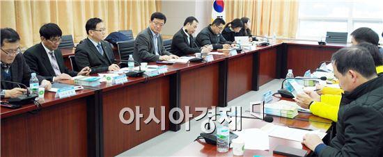 농협전남지역본부(본부장 강남경)는 겨울배추의 수급안정을 위해 19일 '전남 겨울배추 생산안정제 실무회의'를 개최했다.