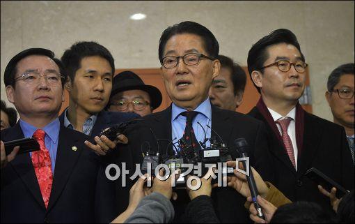 """박지원 """"호남민심, 국민의당에 많이 기울어져 있어"""""""