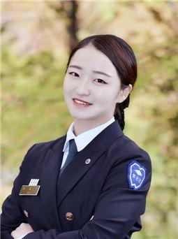 여대 ROTC 출신 첫 해병대 장교 탄생