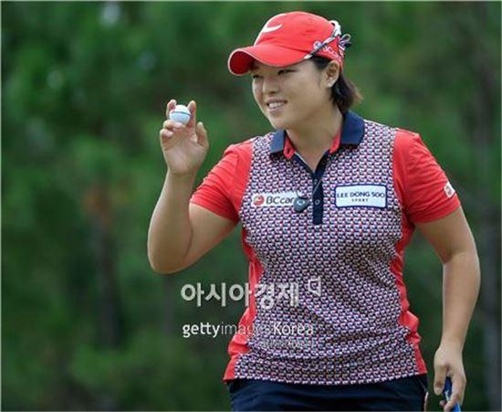 """[골프토픽] 장하나, 파4홀 홀인원 """"LPGA 최초"""""""