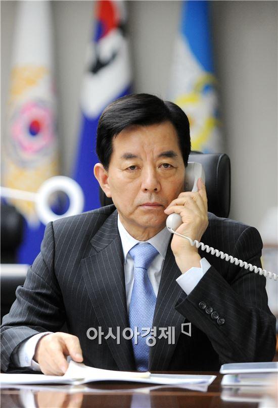 한민구 국방부 장관. <사진제공=국방부>