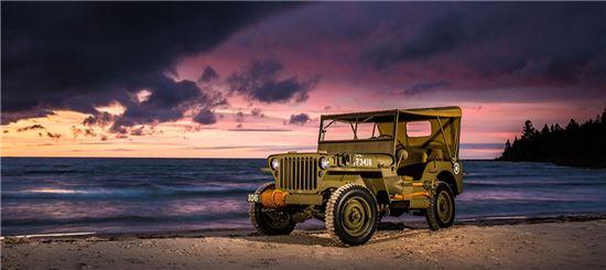 지프 윌리스 군용차량.