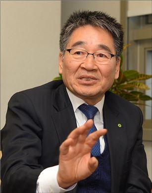 [아시아초대석]37년 원자력 한길…이종인 이사장은 누구