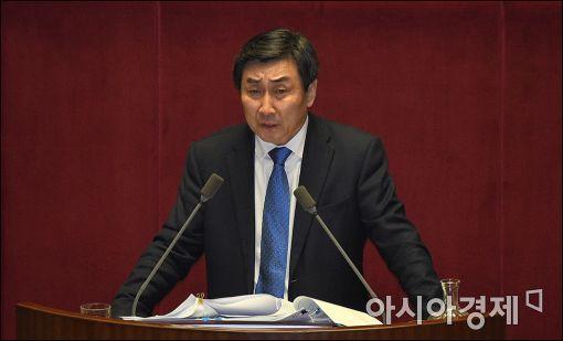 """이종걸 """"朴대통령, 새 총리 결정 국회에 위임하길"""""""