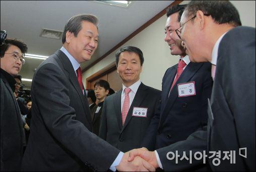 """[포토]김무성, """"공천면접 받으려 왔습니다"""""""