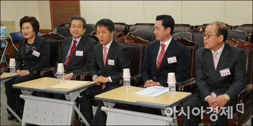 [포토]공천면접 받는 김무성 대표