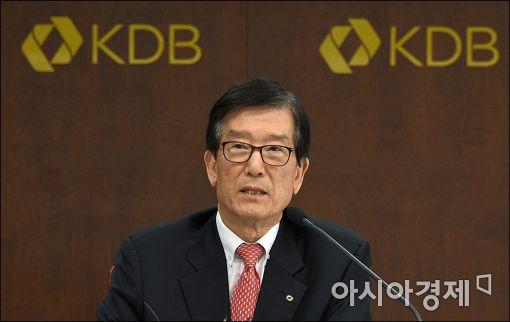 """이동걸 산은 회장 """"성과연봉제 개별 동의서 받지 않았다"""""""