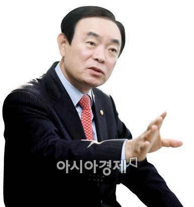 <국민의당 최고위원 겸 정책위의장인 장병완 국회의원(광주 동남갑 예비후보)>