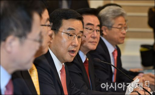 [포토]발언하는 김정훈 정책위의장