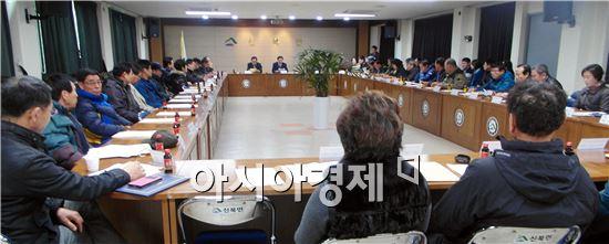 영암군 신북면 문예체육추진위원회(위원장 강임구)는 지난 11일 신북면사무소 2층 회의실에서 정기총회를 개최했다.