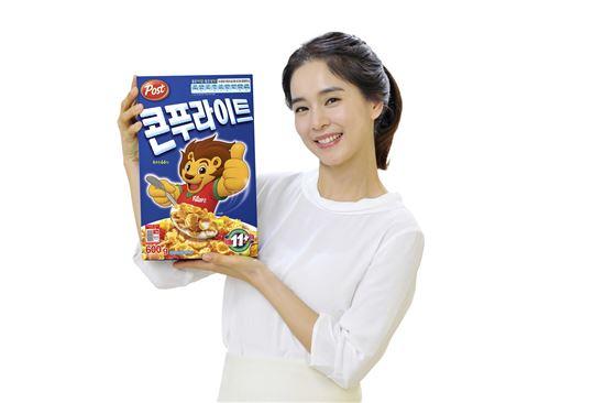 동서식품, 정혜영과 함께하는 포스트 이벤트 진행