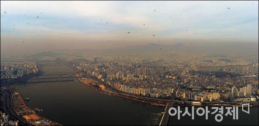 [포토]미세먼지 자욱한 서울상공