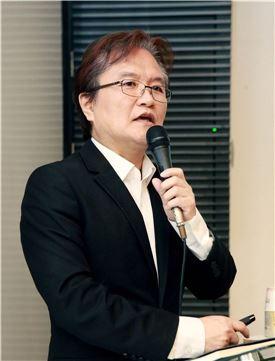 김성홍 예술감독
