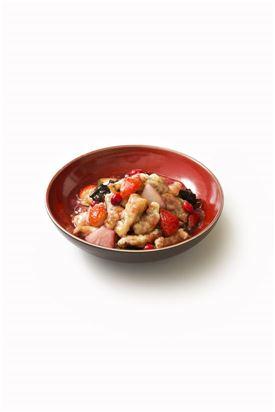 싱카이 광화문점의 스페셜 시그니처 메뉴, '딸기 안심 탕수육'