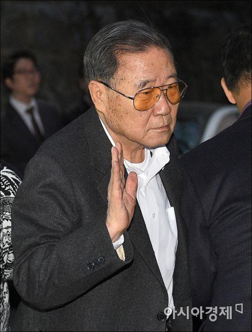 [포토]정상영 KCC명예회장, 고 정주영 회장 15주기 참석