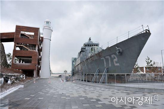 해군역시기록물관리단은 올해 하반기까지 예산 40여억원을 투입해 400여평 규모로 '천안함 기념관'을 설립할 예정이다.
