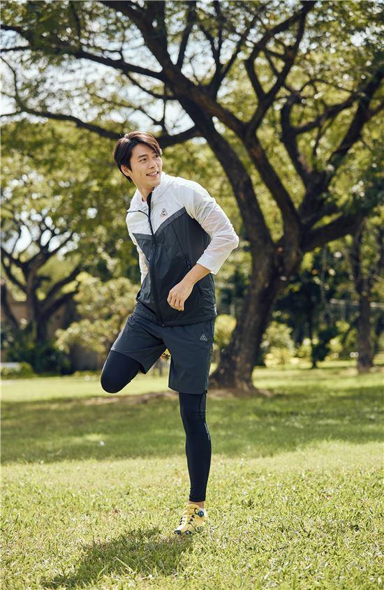 [봄 나들이 가자]의류·신발·용품, 플라이워크 라인으로