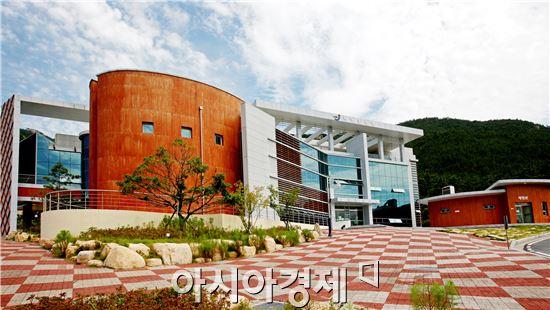 장흥 천관문학관