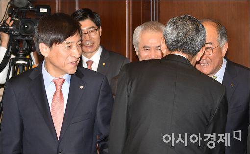 [포토]이주열 총재, 시중은행장들과 금융협의회