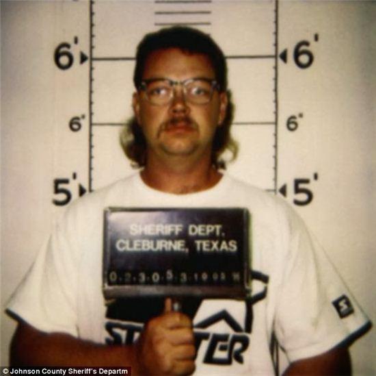 프레드 카우치는 과거 경찰을 사칭한 혐의로 체포된 전력이 있는 인물이다. 사진 = Johnson County sheriff's department