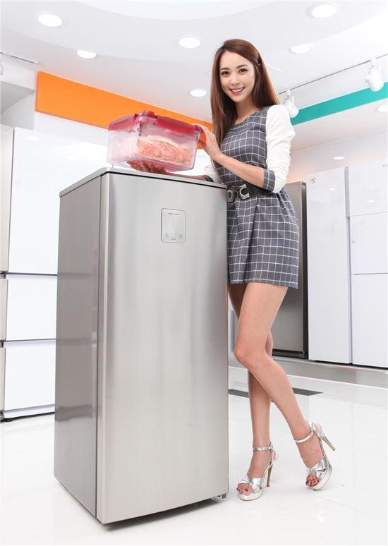 동부대우전자 국내 최소형 다목적 김치냉장고