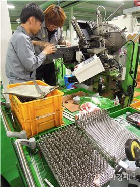 ▲2023년부터 산업기능요원과 전문연구요원 등 병역특례제도가 폐지된다.