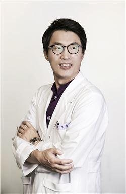 김재봉 밝은눈 밝은광주안과 대표원장